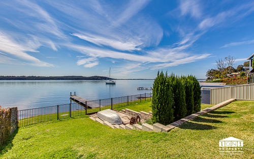 28 Skye Point Rd, Coal Point NSW 2283
