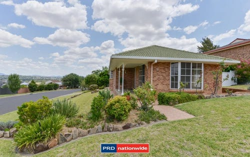 21 Woodburn Way, Tamworth NSW 2340