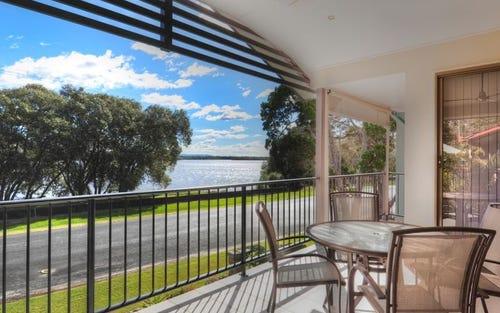 2/38 Marandowie Drive, Iluka NSW 2466