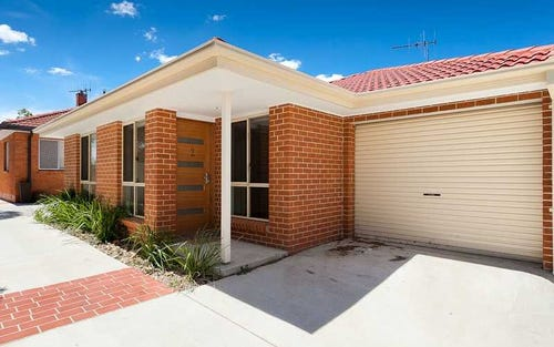 2/23 FORD STREET, Queanbeyan ACT