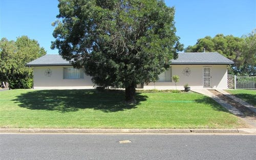 1 Lorna Rae, Moree NSW 2400