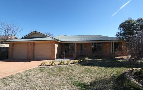26 Farmgate Drive, Bathurst NSW 2795