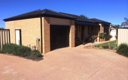 2/7-9 Boronia Road, Leeton NSW 2705