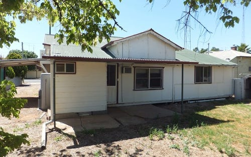 34 Golden St, West Wyalong NSW 2671