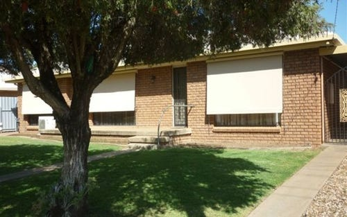 9 Iris Street, Gilgandra NSW 2827