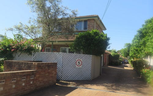 1/77 Greenacre Road, Greenacre NSW 2190