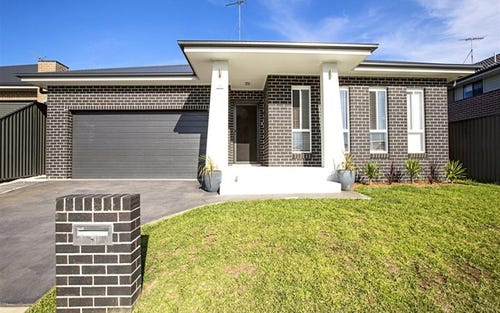 12 Foothills Terrace, Glenmore Park NSW 2745
