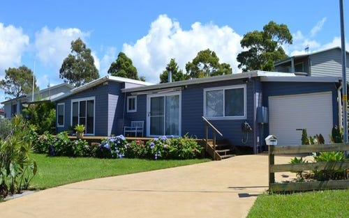 2 Graham Avenue, St Georges Basin NSW 2540
