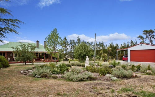 800 Boorolong Road, Armidale NSW 2350