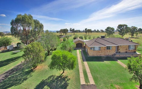 56 Oxley Lane, Tamworth NSW 2340