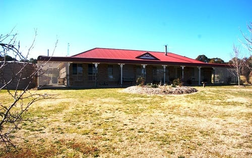 38 Sugarloaf Road, Walcha NSW 2354