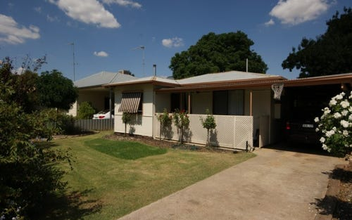 296 Sloane St, Deniliquin NSW 2710
