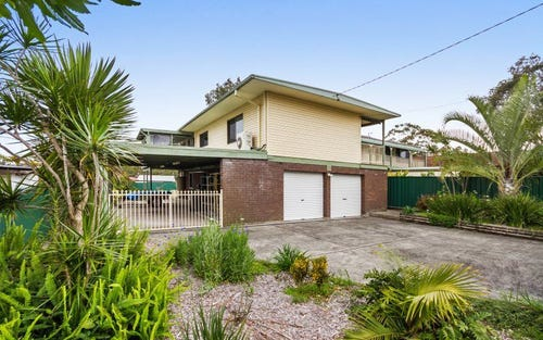 11 Cams Boulevard, Summerland Point NSW 2259