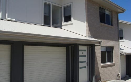 2/30 croudace Rd, Elermore Vale NSW