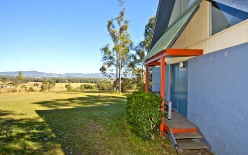 37 RICHARDSON RD, Lovedale NSW 2325