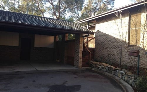 82 Bourne Street, Cook ACT