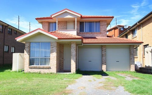 67 Whimbrel Ave, Lake Heights NSW 2502