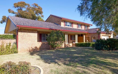 15 Beveridge Crescent, Eulomogo NSW 2830