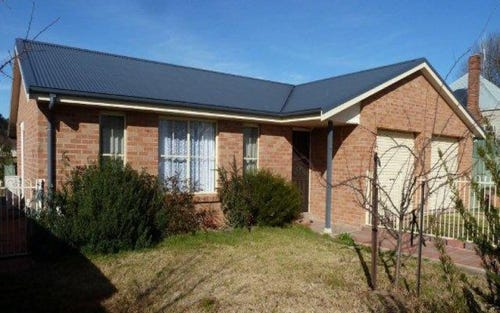 108 Court Street, Boorowa NSW 2586