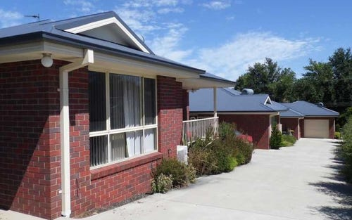Unit 2/52 Winton Street, Tumbarumba NSW 2653