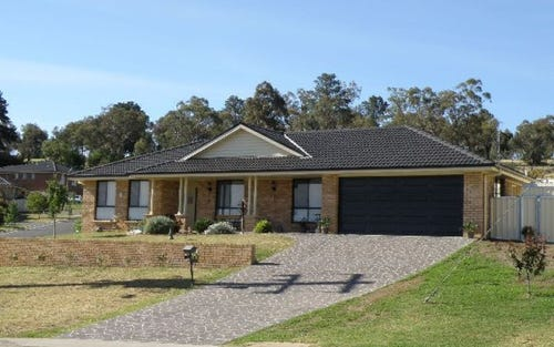 12 Hambrook Place, Young NSW 2594