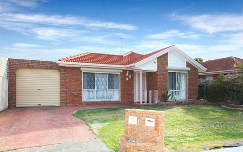 15 Flint Cr, Delahey VIC 3037
