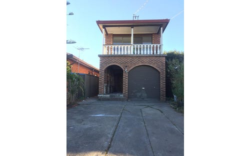 111A Torrens St, Canley Heights NSW