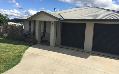 3 Albion Close, Armidale NSW