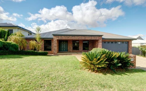 78 Atherton Cresent, Tatton NSW 2650