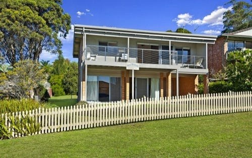 9 Clissold Street, Mollymook NSW 2539