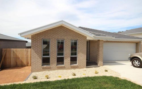 5 Chilton Street, Casey ACT