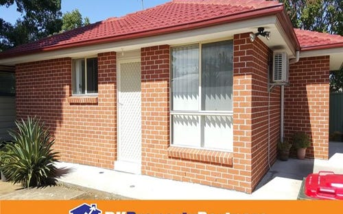 12a Adam St, Fairfield NSW