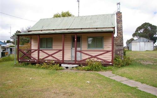 4 Rowan Ave, Uralla NSW