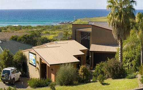 8 Warbler Crescent, Narooma NSW 2546