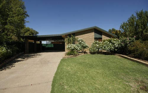 2 Taylor Court, Deniliquin NSW 2710