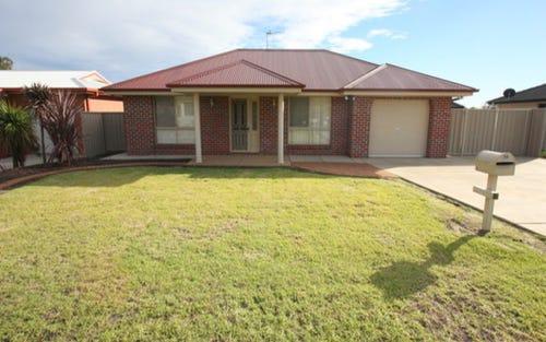 59 Grinton Avenue, Wagga Wagga NSW
