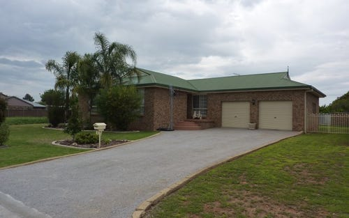 5 Worooma Cres, Manilla NSW 2346