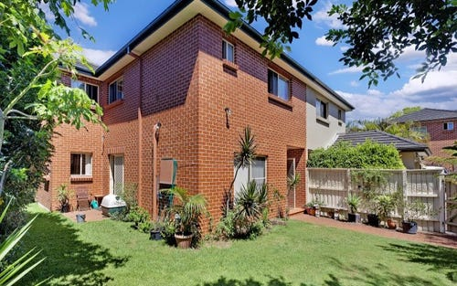 42b Wyndora Avenue, Freshwater NSW 2096