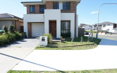24 Merlin St, Middleton Grange NSW 2171
