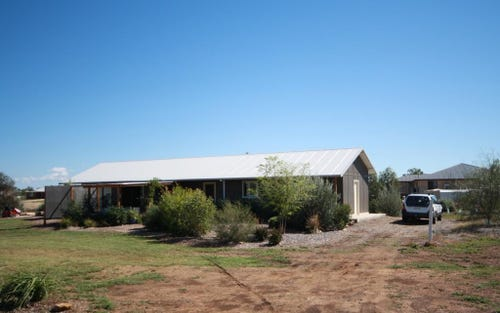 62 Riverside Drive, Narrabri NSW 2390