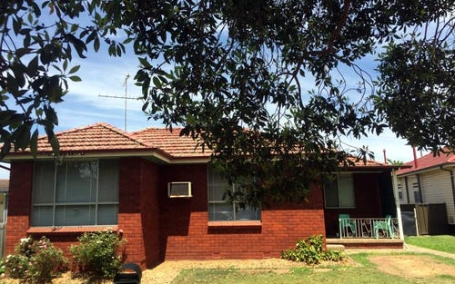 4 Cambridge Avenue, Windsor NSW 2756