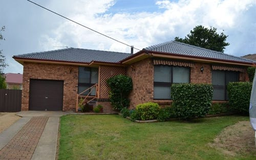 9 White Street, Crookwell NSW 2583