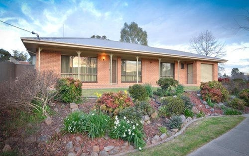 1048 Fairview Drive, North Albury NSW 2640