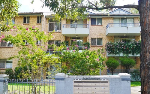 18/261 Dunmore St, Pendle Hill NSW