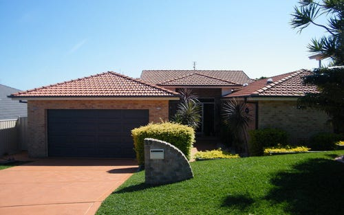 15 Leonardo Avenue, Forster NSW 2428
