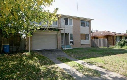11 Carmody Street, Kooringal NSW 2650