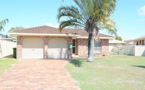 5 Hakea Avenue, Yamba NSW 2464