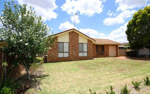 17 Lindsay Place, Dubbo NSW