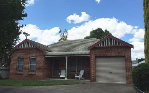 32A Crown Street, Tamworth NSW