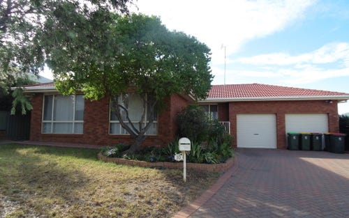 10 Highland Avenue, Parkes NSW 2870